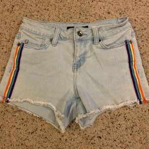 🦋rainbow stripe denim shorts